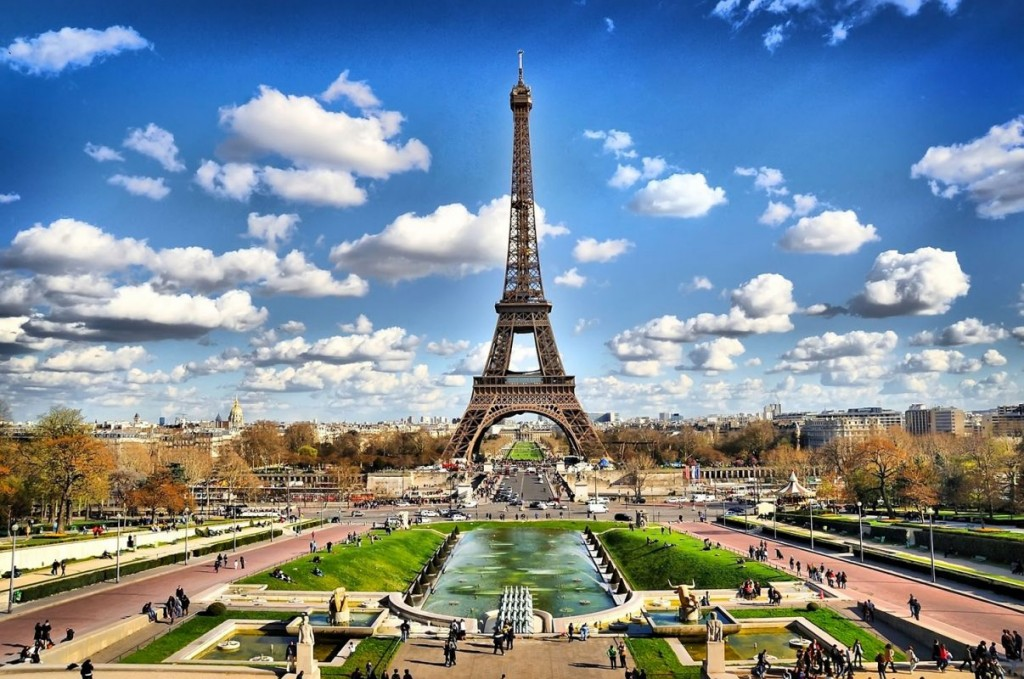 Vé máy bay Vietnam Airlines đi Pháp