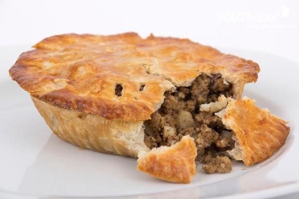 bánh thịt Tourtière