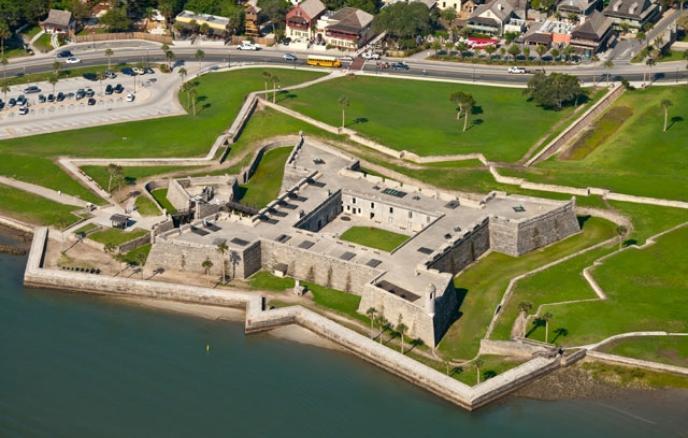 thăm pháo đài Castillo de San Marcos
