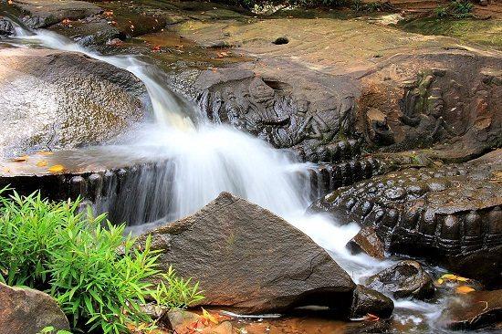 sông ngàn linga núi kulen