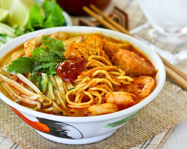 món mì Curry Laksa