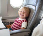trẻ em đi máy bay vietnam airlines