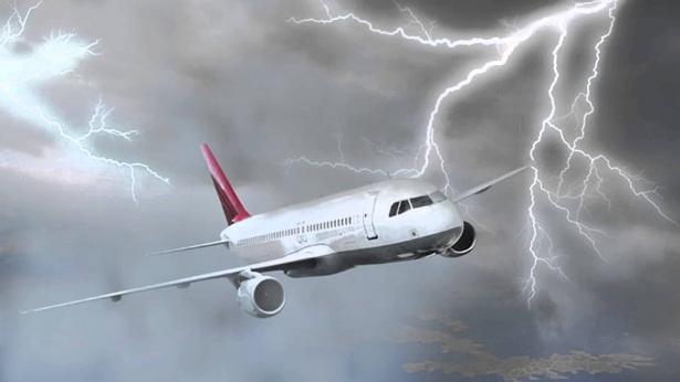 vietnam airlines đổi chuyến bay qua bão