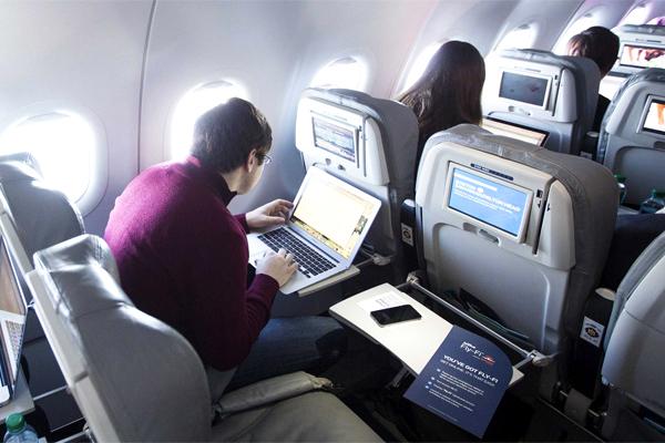 wifi trên máy bay hãng Vietnam Airlines