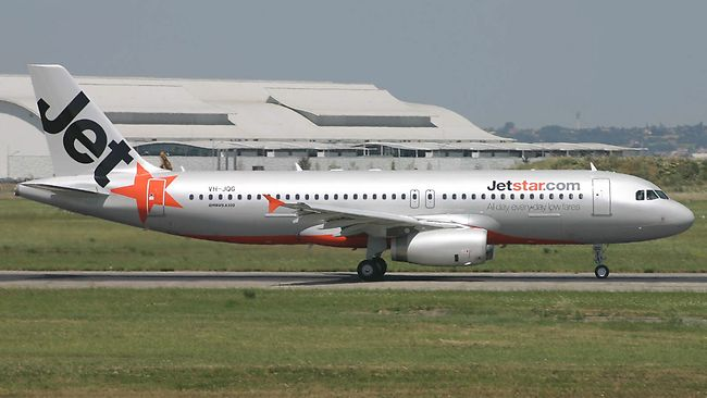 ve may bay jetstar
