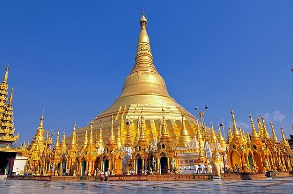 chùa vàng yangon