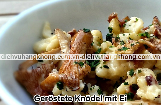 Gerostete-Knodel-mit-Ei