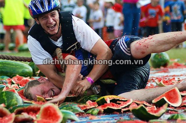le hoi dua hau los angeles Dịch Vụ Hàng Không
