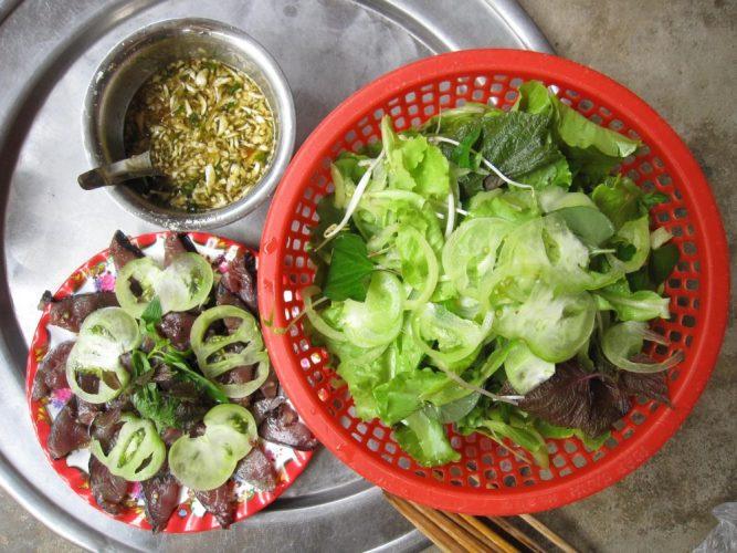 thưởng thức ẩm thực sa huỳnh
