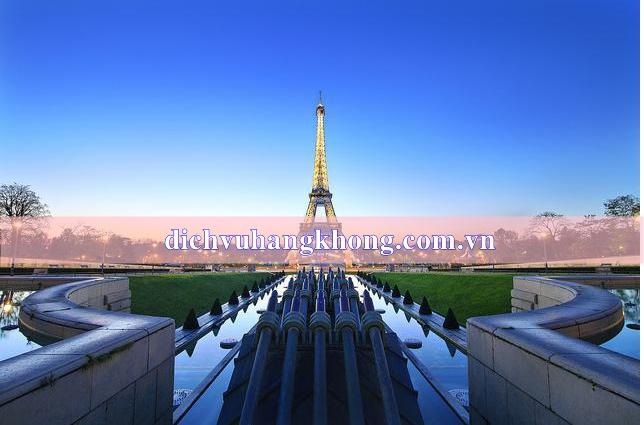 thu do Paris Dịch Vụ Hàng Không