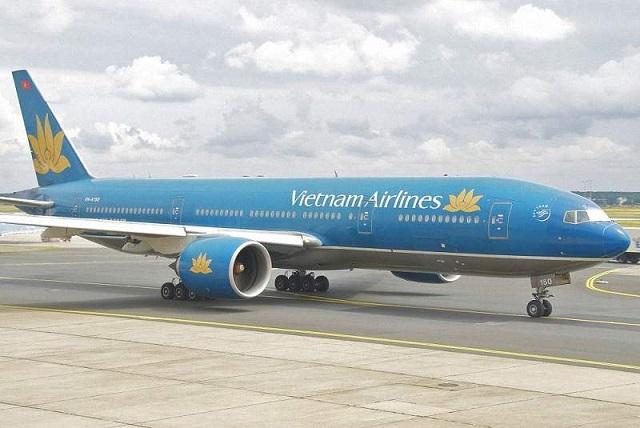 máy bay vietnam airlines hạ cánh