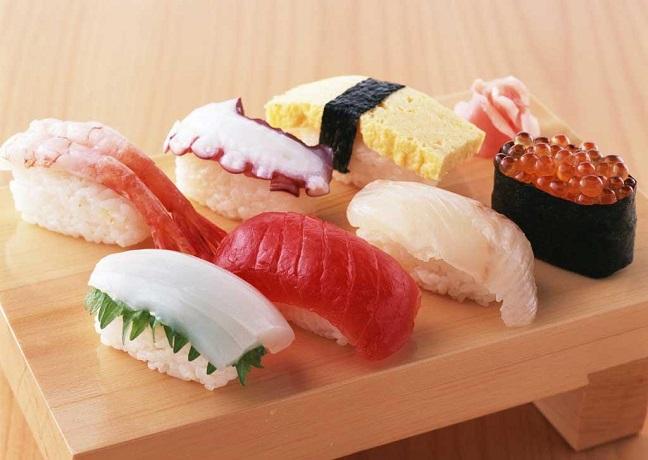 món ngon sushi nhật bản