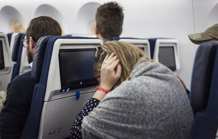 3 cách tránh đau tai khi đi máy bay